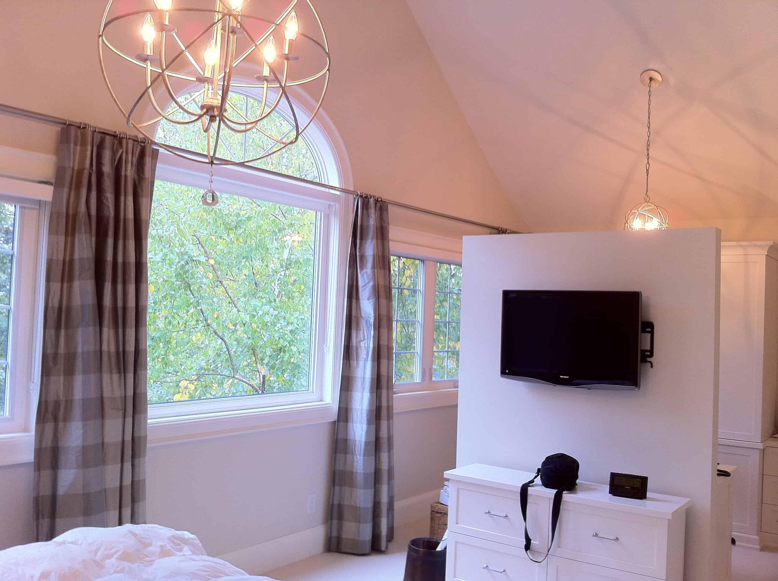 Chapman Residence Master Bedroom